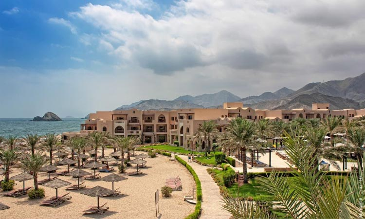 Fujairah East Coast Tour from Abu Dhabi