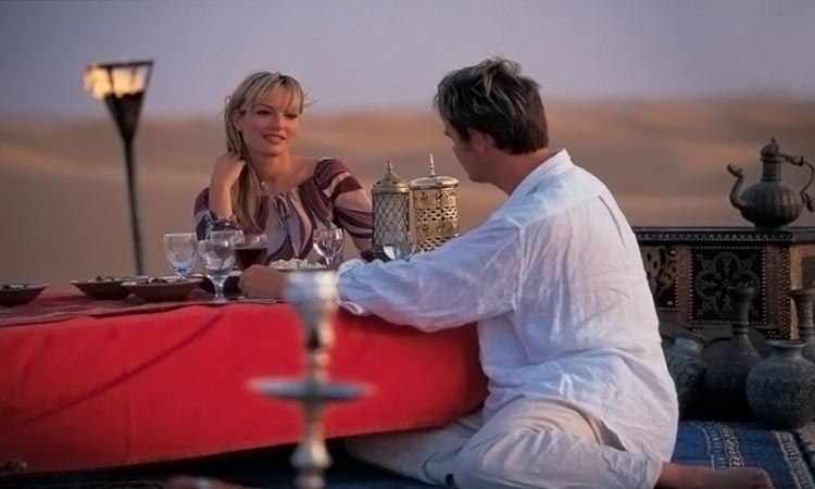 Romantic Private Dune Dinner Abu Dhabi